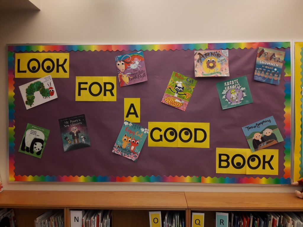 """Look for a Good Book"" Library Bulletin Board at Monroe Elementary, by media clerks Nanette Warr and Susan Brough"